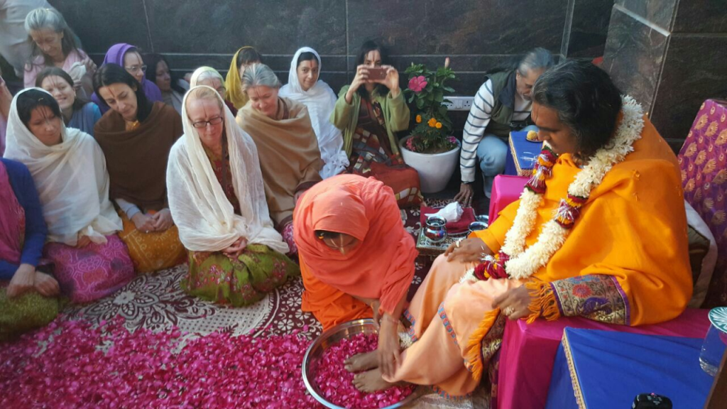2016-11-27-ashram-bm-india