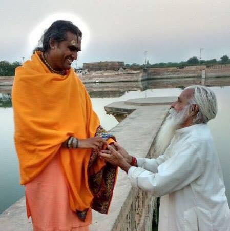 2016-11-28-paramahamsa-vishwananda-kusum-sarovar-jpg