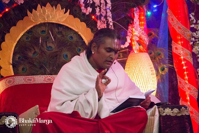 Citaten Uit Bhagavad Gita : Http bhaktimarga gayatri yagna ervaring van een devotee