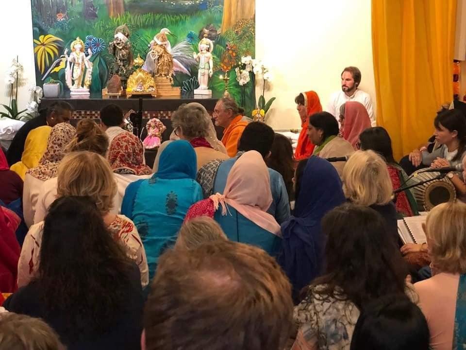 2018-12-20-Frejus Bhakti Marga tempel5