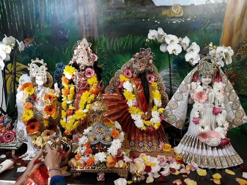 2018-12-20-Frejus Bhakti Marga tempel6